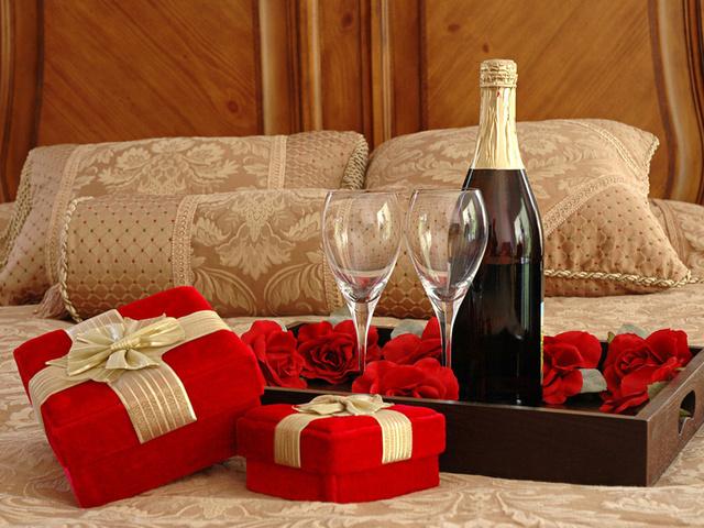 Valentine Day Gift Ideas Background HD Wallpaper