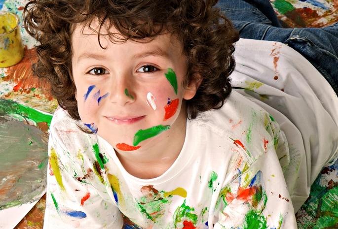 Краски мальчик с открытке 27