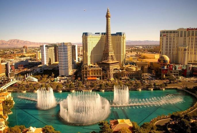 Лас вегас фонтаны здания башня небо