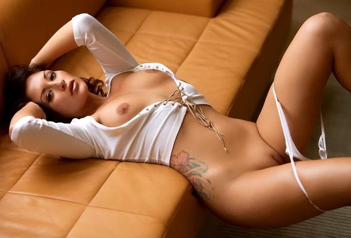 фото голых женщин высокого разрешения