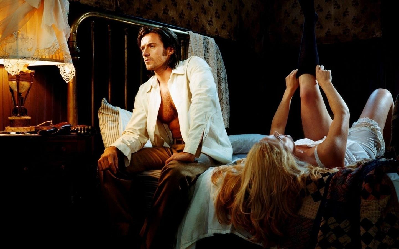 Девушка ищет мужика в постель