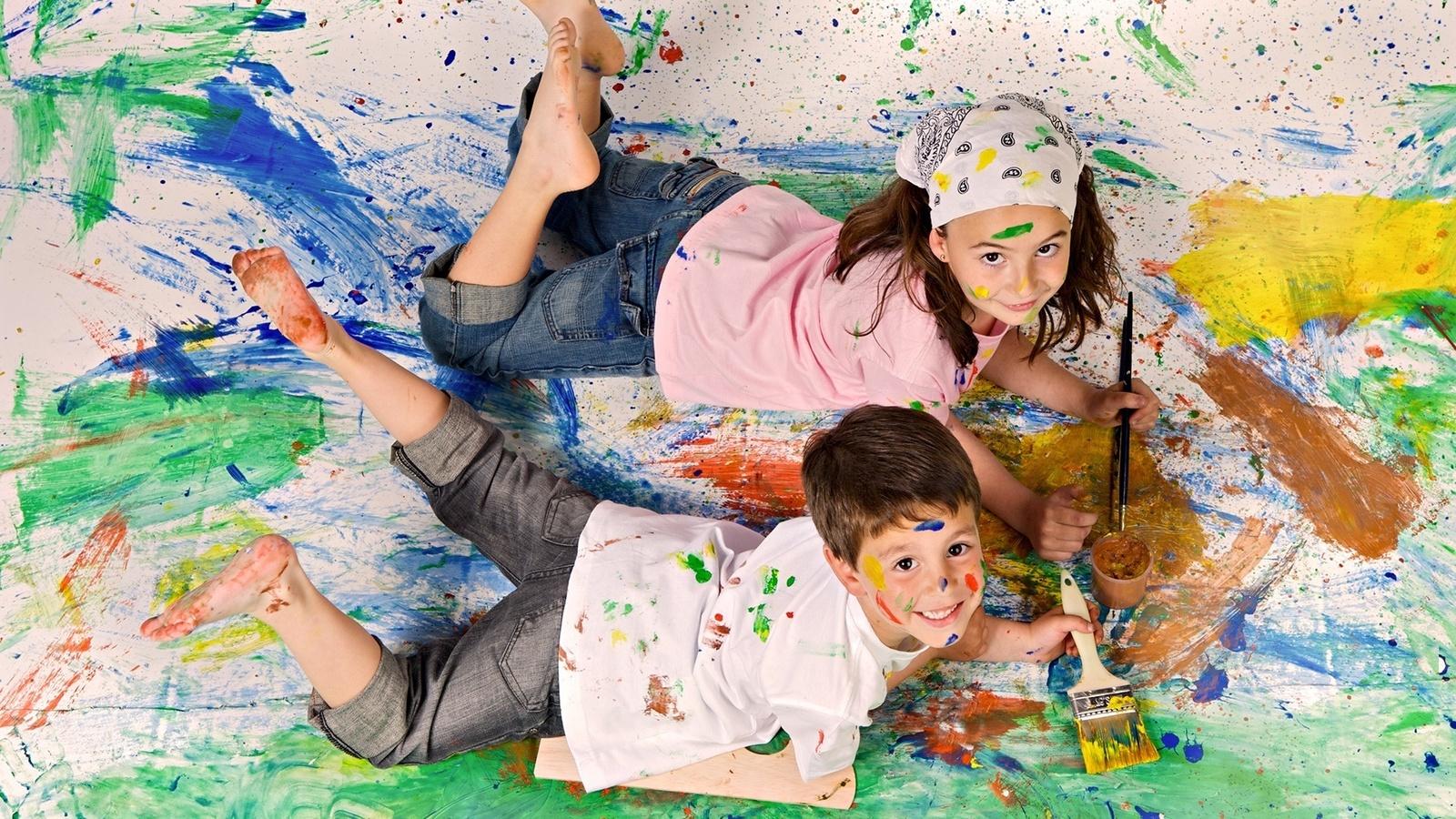 Картинка рисующие дети картинки