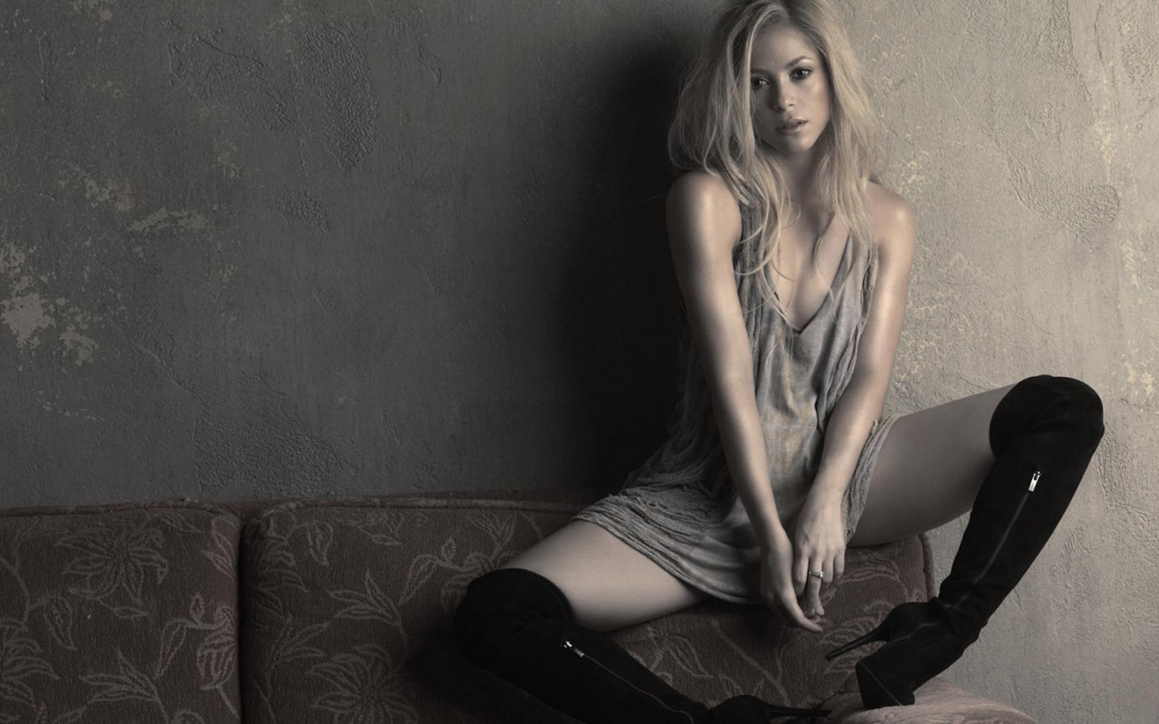 Фото госпожа блондинка 22 фотография