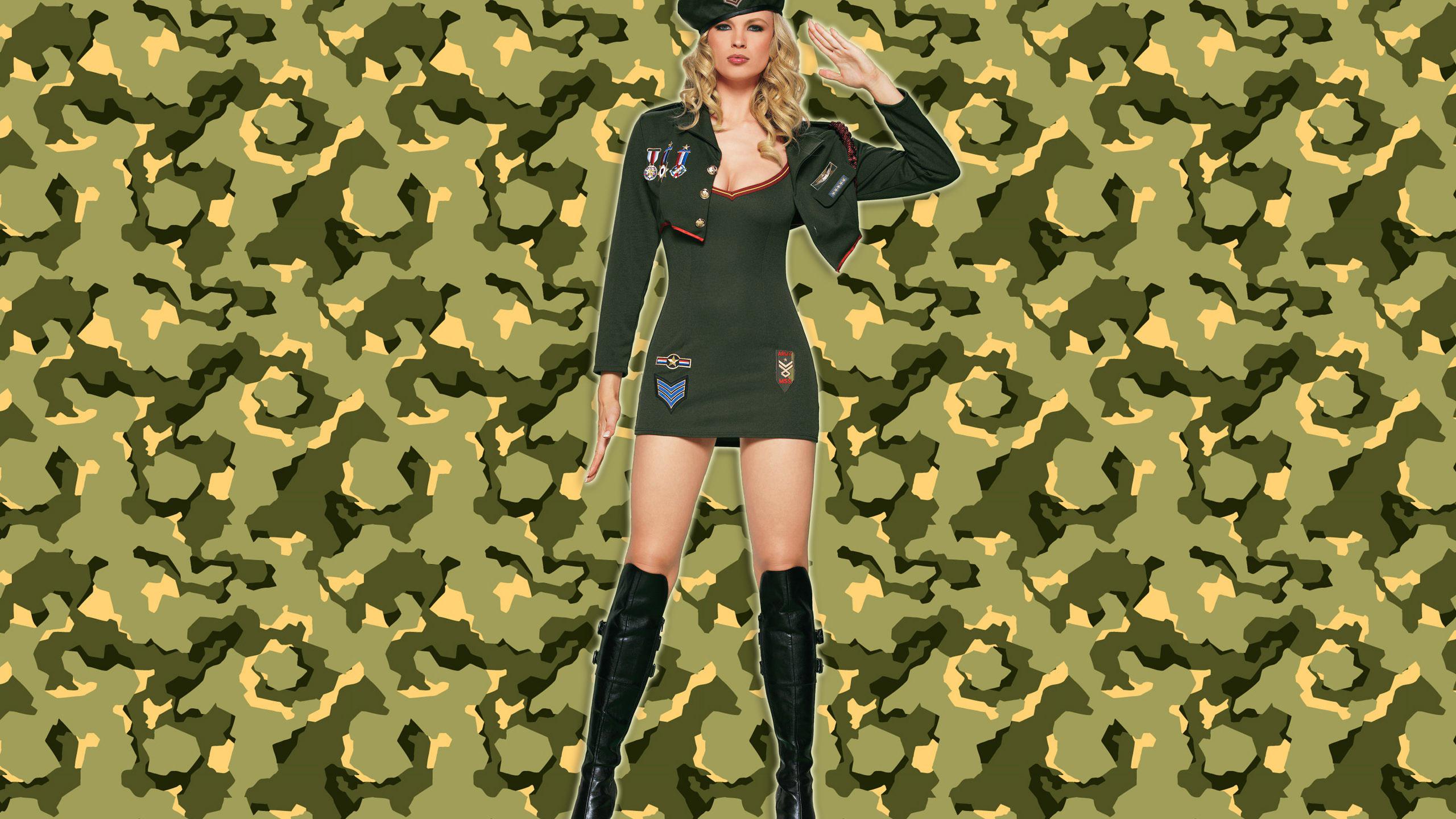 Девушки в военной форме прикольные фото