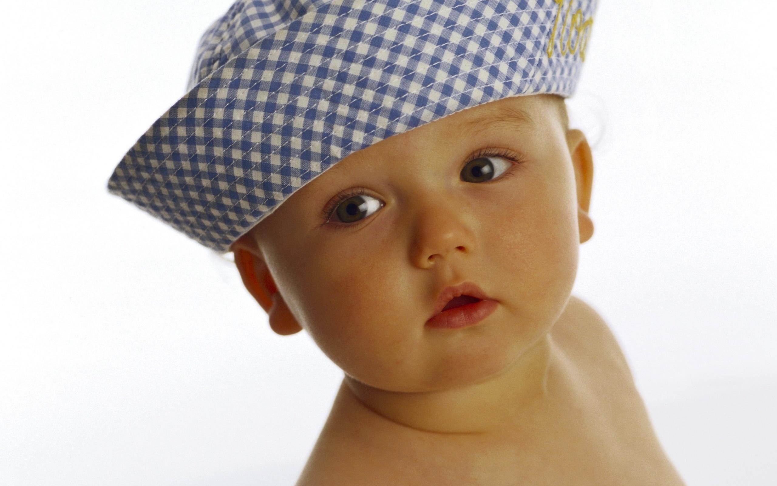 Фото ребенка на разных фонах
