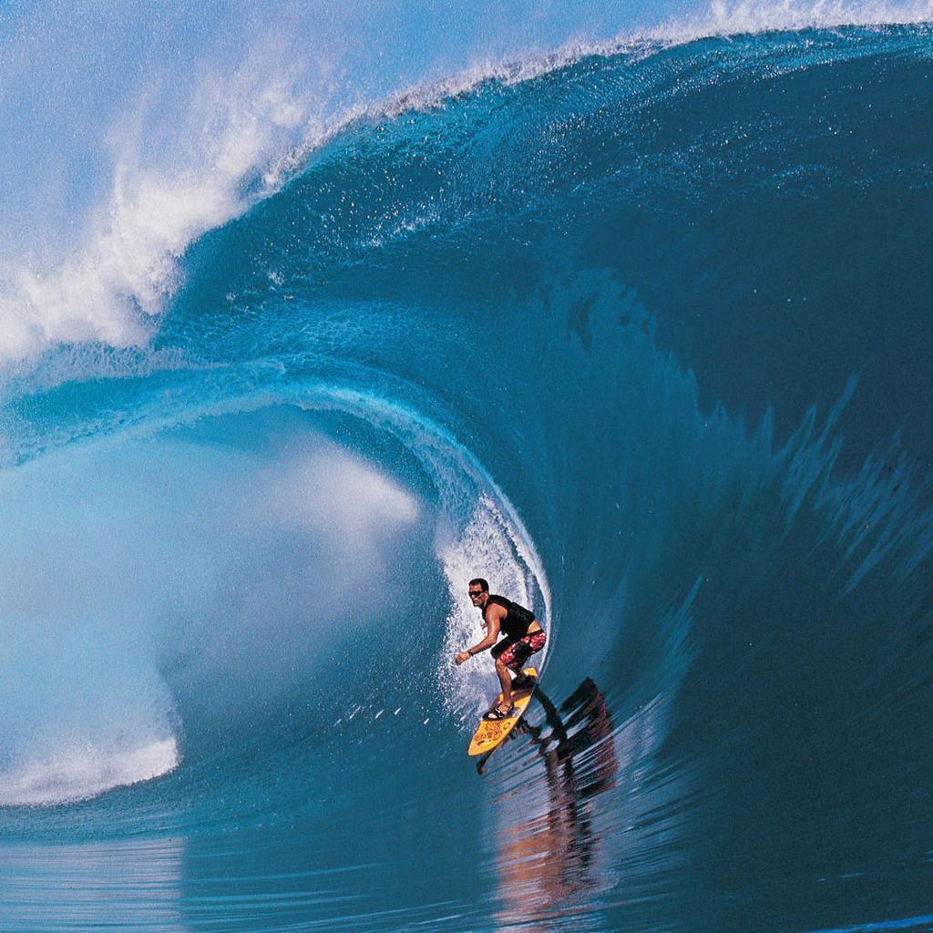 Сёрфинг в море
