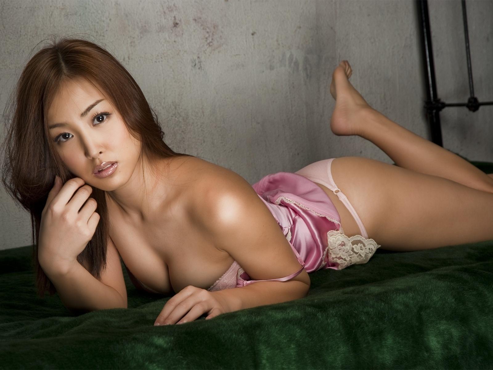 Фото секси азиатские девушки, Порно фото азиаток, Фотографии секса с азиатками 2 фотография