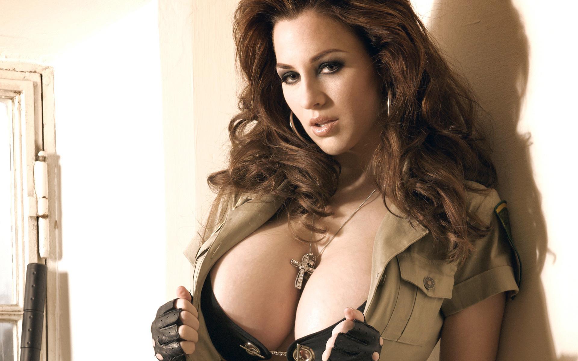 Фото девушек з великой грудю 25 фотография