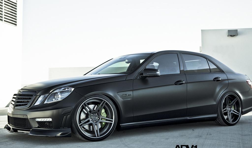 benz, e63, черный, Mercedes, диски, матовый, авто,роскошь,дизайн, авто, темное авто, профиль, ч-б,диски, легковые авто, транспорт, автотранспорт, чёрнобелый