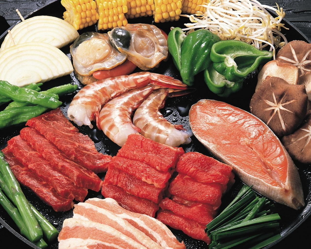 блюдо, ассорти, рыба, мясо, креветки,устрицы, грибы, морепродукты,перец, зелень, лук, кукуруза, большое блюдо, нарезка, еда