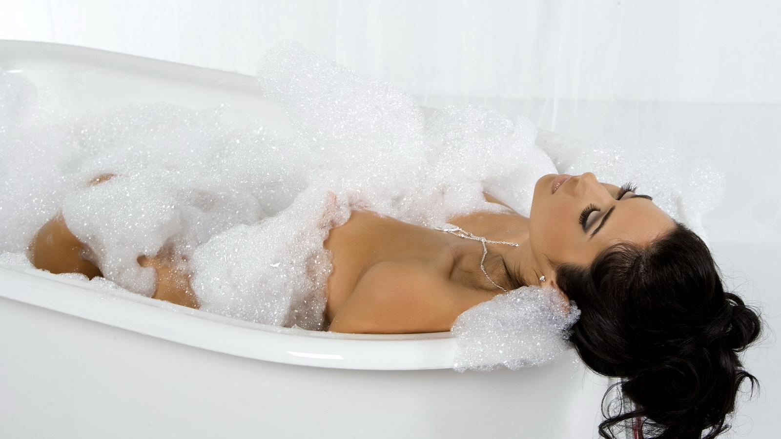Беременным мыться в ванне
