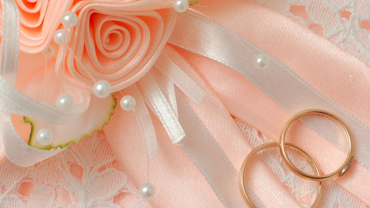 Фото кольца на свадьбу 6