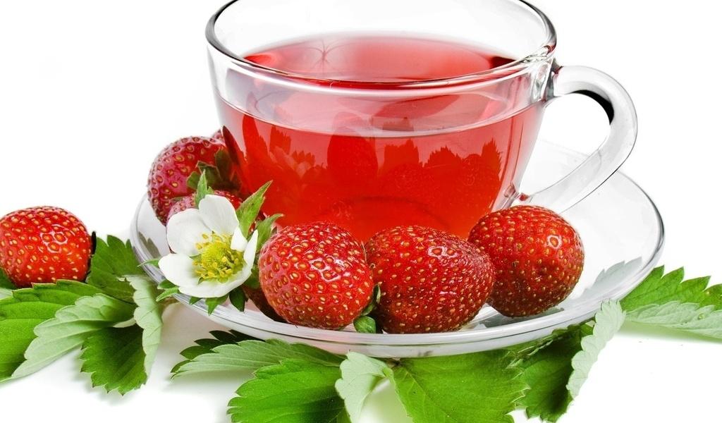 клубника, Чай, strawberry, tea, листочки, чашка, ягода, блюдце