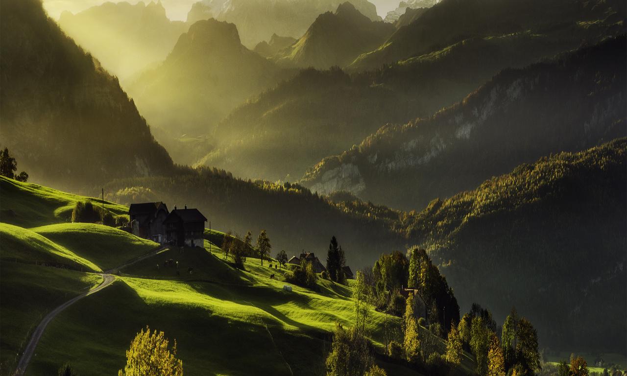 Горы, свет, дома, лес