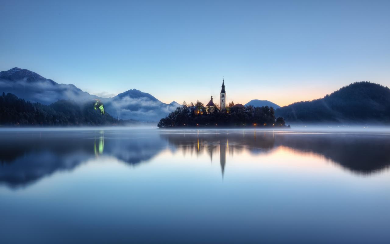 бледское озеро, Словения, туман