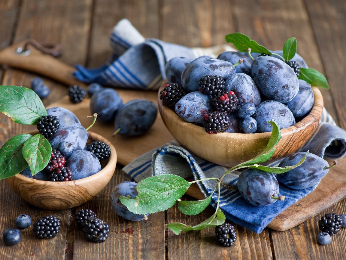 доска, черника, фрукты, листья, ягоды, ежевика, Сливы